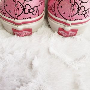 Hello Kitty Limited Edition Lace up Vans, 6.5wo 5m